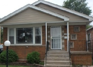 Foreclosed Home in S PRAIRIE AVE, Chicago, IL - 60628