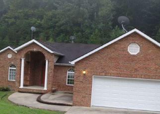 Casa en ejecución hipotecaria in Johnson Condado, KY ID: F1970080