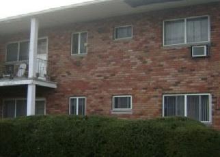 Casa en ejecución hipotecaria in Central Islip, NY, 11722,  ADAMS RD ID: F2377952