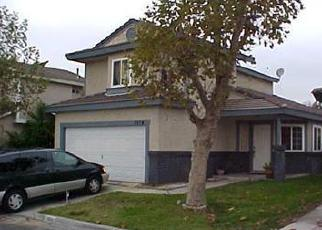 Foreclosed Home en W SANTOLINAS ST, Rialto, CA - 92376