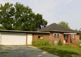 Foreclosed Home in N CHERRY ST, West Frankfort, IL - 62896