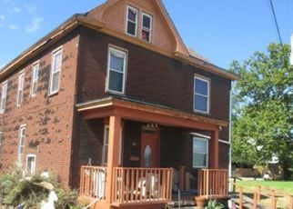 Foreclosed Home en RIVER AVE, Aliquippa, PA - 15001