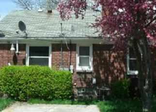 Casa en ejecución hipotecaria in Detroit, MI, 48205,  E STATE FAIR ST ID: F2678057