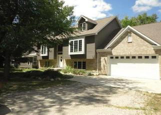 Foreclosed Home en KIRK CT, Mchenry, IL - 60051