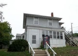 Foreclosed Home en N 7TH ST, Hannibal, MO - 63401