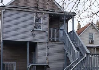 Foreclosed Home en S CHAMPLAIN AVE, Chicago, IL - 60637