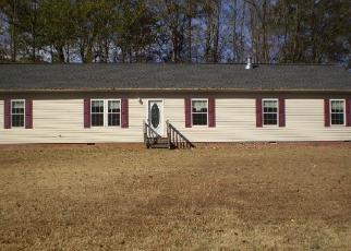 Foreclosed Home en PINE VALLEY RD, Clarksville, VA - 23927