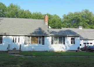 Foreclosed Home in WOODY HILL RD, Exeter, RI - 02822