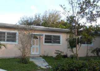 Casa en ejecución hipotecaria in Miami, FL, 33161,  PEACHTREE DR ID: F3012709