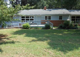 Foreclosed Home in SOUTH POINT RD, Belmont, NC - 28012