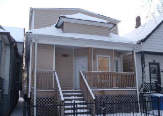 Casa en ejecución hipotecaria in Chicago, IL, 60617,  S MANISTEE AVE ID: F3149194