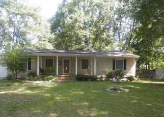 Foreclosure Home in Sylacauga, AL, 35150,  PORTER CIR ID: F3159630