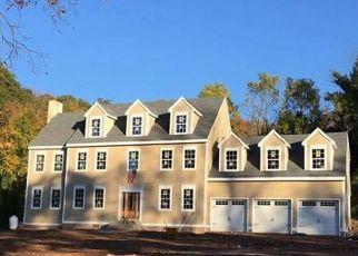 Foreclosed Home en AVON MOUNTAIN RD, Avon, CT - 06001