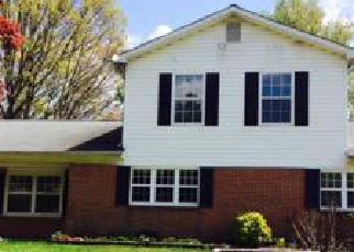Foreclosed Home en HAMLIN RD, Waldorf, MD - 20602
