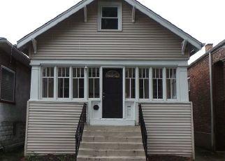 Casa en ejecución hipotecaria in Oak Park, IL, 60304,  LYMAN AVE ID: F3262227