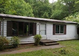 Foreclosed Home en HOPEFUL CHURCH RD, Bumpass, VA - 23024