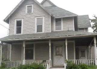 Casa en ejecución hipotecaria in Canton, OH, 44705,  MAHONING RD NE ID: F3343924