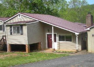 Foreclosed Home en CHEESE CREEK RD, Lynchburg, VA - 24503
