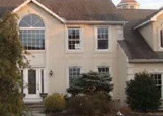 Foreclosed Home en HIGHLAND DR, Orefield, PA - 18069