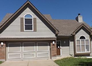 Casa en ejecución hipotecaria in Blue Springs, MO, 64014,  NE FOX TRAIL DR ID: F3385356