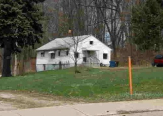 Foreclosed Home en W STATE ST, Barberton, OH - 44203