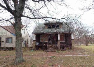 Foreclosed Home en ANDOVER ST, Highland Park, MI - 48203