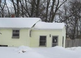 Foreclosed Home en HEIGHTS RAVENNA RD, Fruitport, MI - 49415
