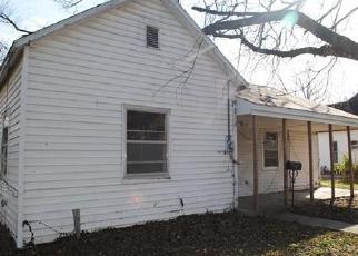 Casa en ejecución hipotecaria in Holden, MO, 64040,  S MARKET ST ID: F3447126