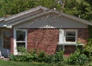 Foreclosed Home en JUDSON AVE, Alton, IL - 62002