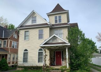 Foreclosed Home en SUNSET ST, Scranton, PA - 18509