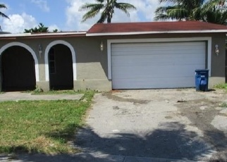 Foreclosed Home in NW 175TH ST, Hialeah, FL - 33015