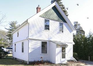 Casa en ejecución hipotecaria in North Kingstown, RI, 02852,  DAVISVILLE RD ID: F3633053