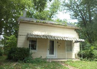Casa en ejecución hipotecaria in Cincinnati, OH, 45244,  E PLUM ST ID: F3633959
