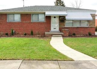 Casa en ejecución hipotecaria in Eastpointe, MI, 48021,  TEPPERT AVE ID: F3636060