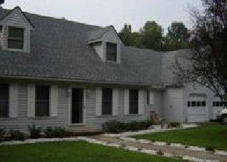 Foreclosed Home en HILLCREST DR, King George, VA - 22485