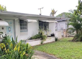 Foreclosed Home en NW 78TH AVE, Pembroke Pines, FL - 33024