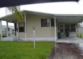 Foreclosed Home en DOLPHIN CIR, Sebastian, FL - 32976