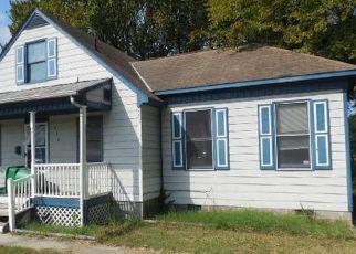 Casa en ejecución hipotecaria in Petersburg, VA, 23803,  HENRICO ST ID: F3687813