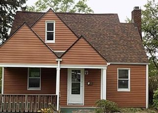 Foreclosed Home en THOMAS AVE, North Versailles, PA - 15137