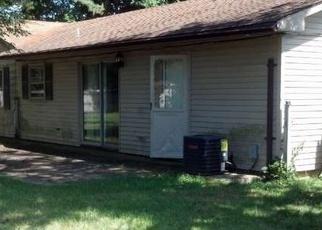 Foreclosed Home in TRIANGLE LN, Willingboro, NJ - 08046