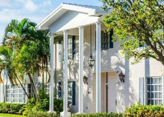 Foreclosed Home en NE 68TH ST, Fort Lauderdale, FL - 33308