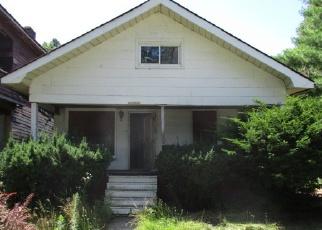 Casa en ejecución hipotecaria in Highland Park, MI, 48203,  HULL ST ID: F3763906