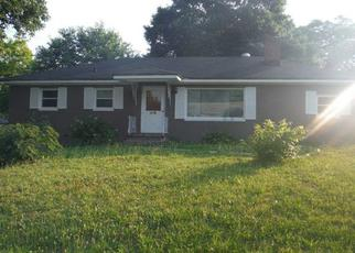 Casa en ejecución hipotecaria in Hopewell, VA, 23860,  PETERSON MILL RD ID: F3764386