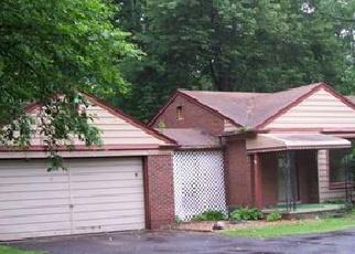 Casa en ejecución hipotecaria in Southfield, MI, 48033,  LAHSER RD ID: F3771005