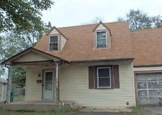 Casa en ejecución hipotecaria in Bristol, PA, 19007,  ELMHURST AVE ID: F3778579