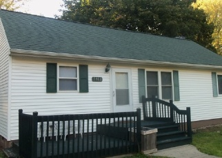 Foreclosed Home en S WASHINGTON AVE, Lansing, MI - 48911