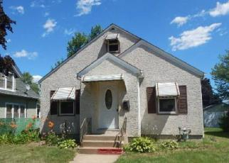 Foreclosed Home en 3RD AVE S, South Saint Paul, MN - 55075