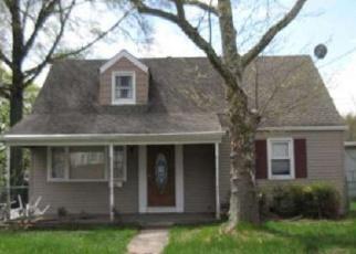 Casa en ejecución hipotecaria in Ewing, NJ, 08638,  PENNWOOD DR ID: F3793883