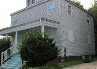 Casa en ejecución hipotecaria in Petersburg, VA, 23803,  CORLING ST ID: F3798193