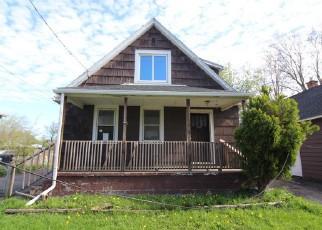 Casa en ejecución hipotecaria in Niagara Falls, NY, 14304,  DEVLIN AVE ID: F3818360